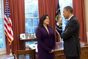 nsu political scienc graduate kimberly teehee with president obama